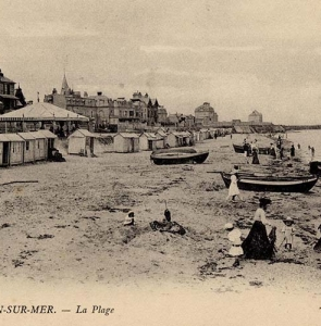 Lion-sur-Mer – plage cabine